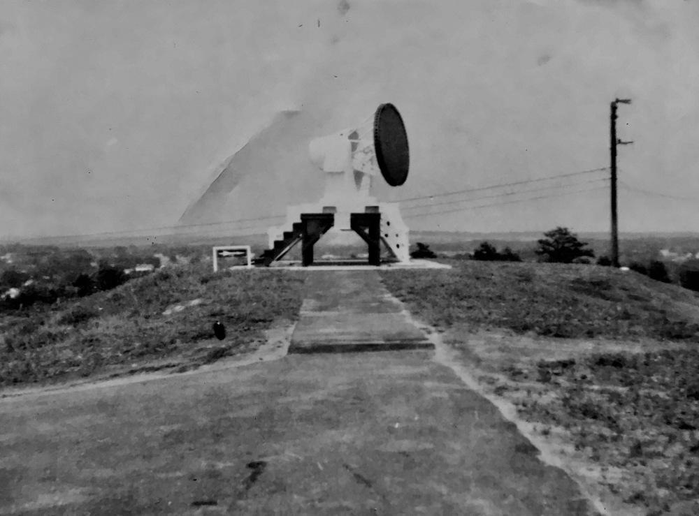 Target-tracking radar system, Burlington MA